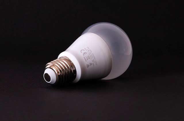 сколько ватт потребляет лампочка