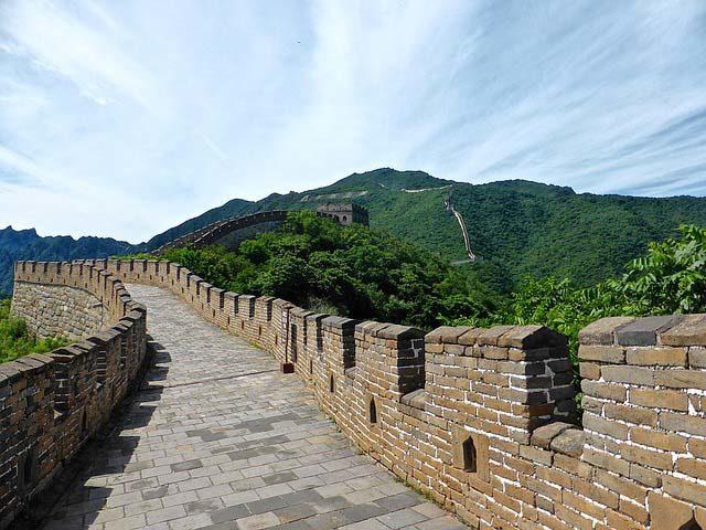 сколько лет строили китайскую стену