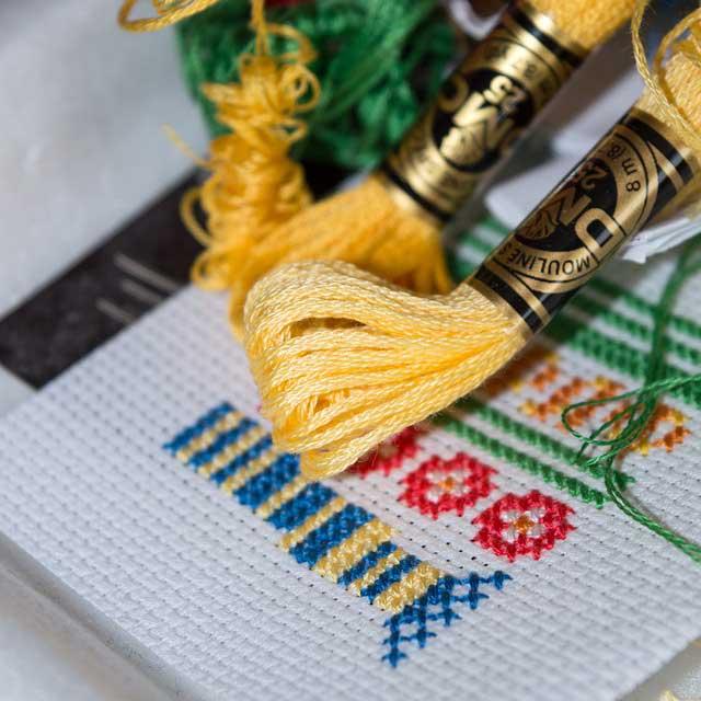 сколько стоит вышивка крестом ручной работы